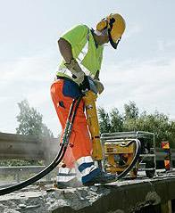 ATLAS COPCO Heavy Duty Hydraulic Breaker – Petrol Image